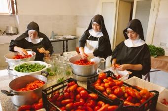 Pomodori, Monastero Benedettino, Boville Ernica, clausura