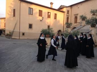 Ricreazione serale, Monastero Benedettine, Boville Ernica, clausura