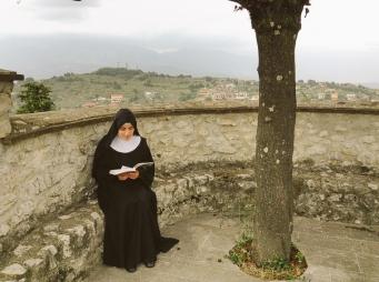 Lectio divina, Monastero Benedettine, Boville Ernica, Clausura